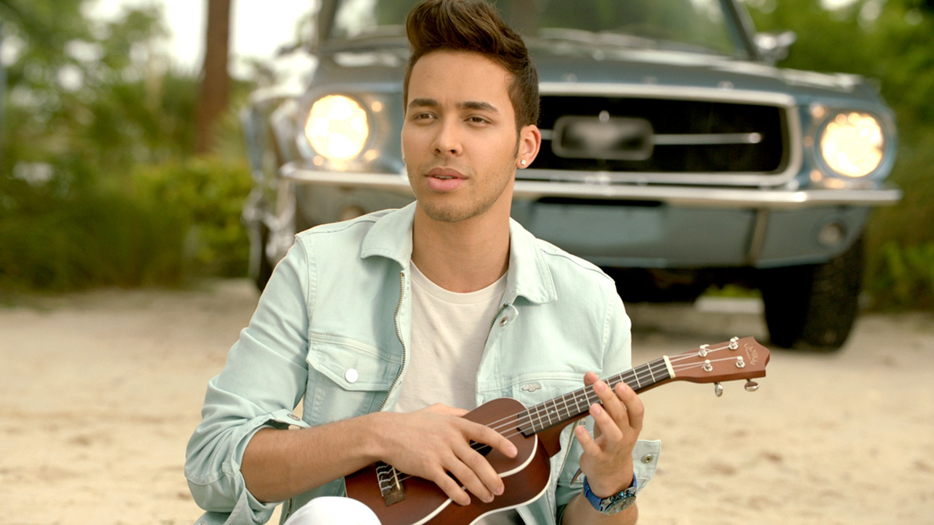 Prince Royce New Music Video Watch Darte Un Beso Premiere Here Video