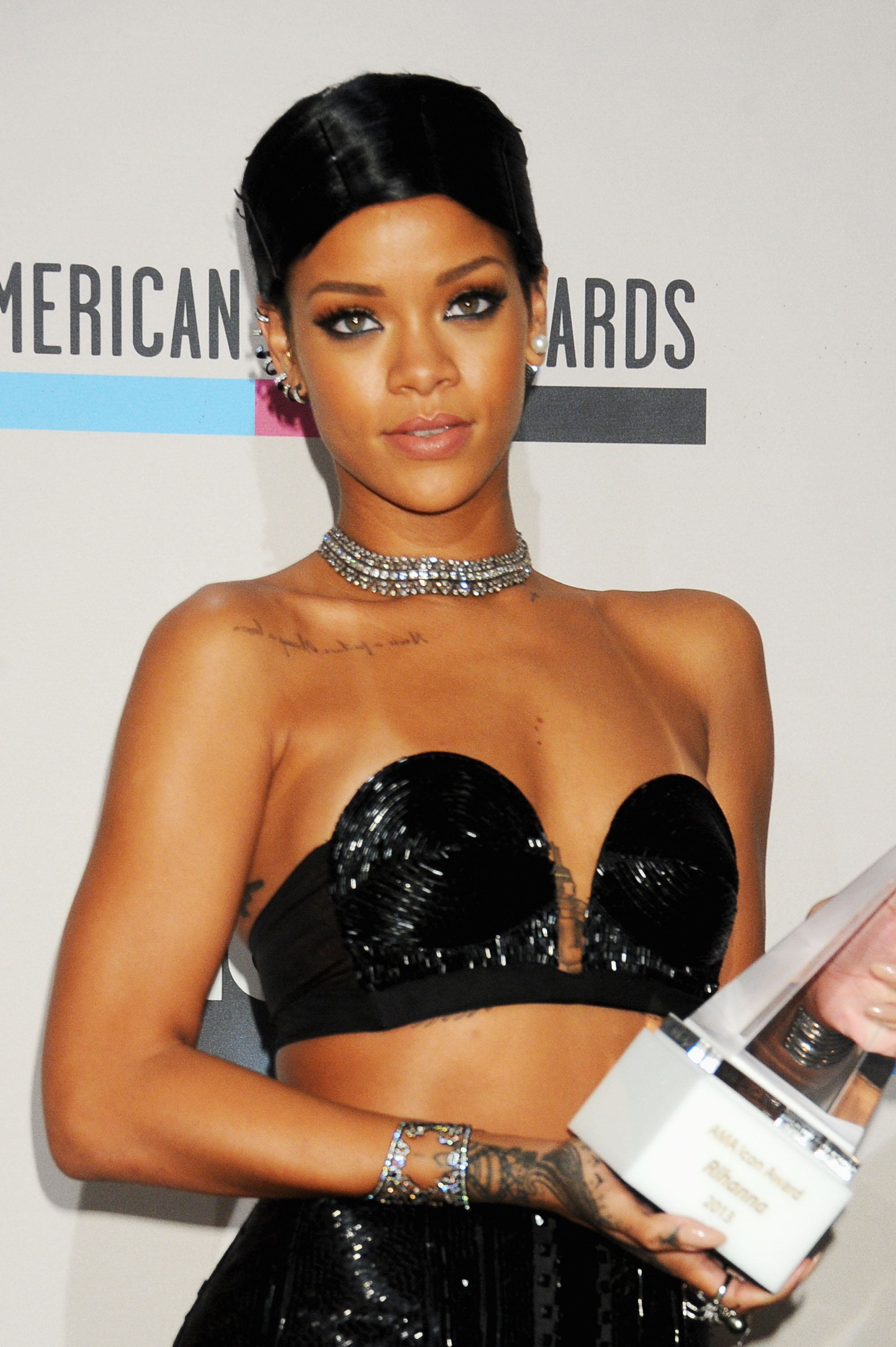 Rihanna Ama Hairstyle Still Causing Stir 3 Things To Know About
