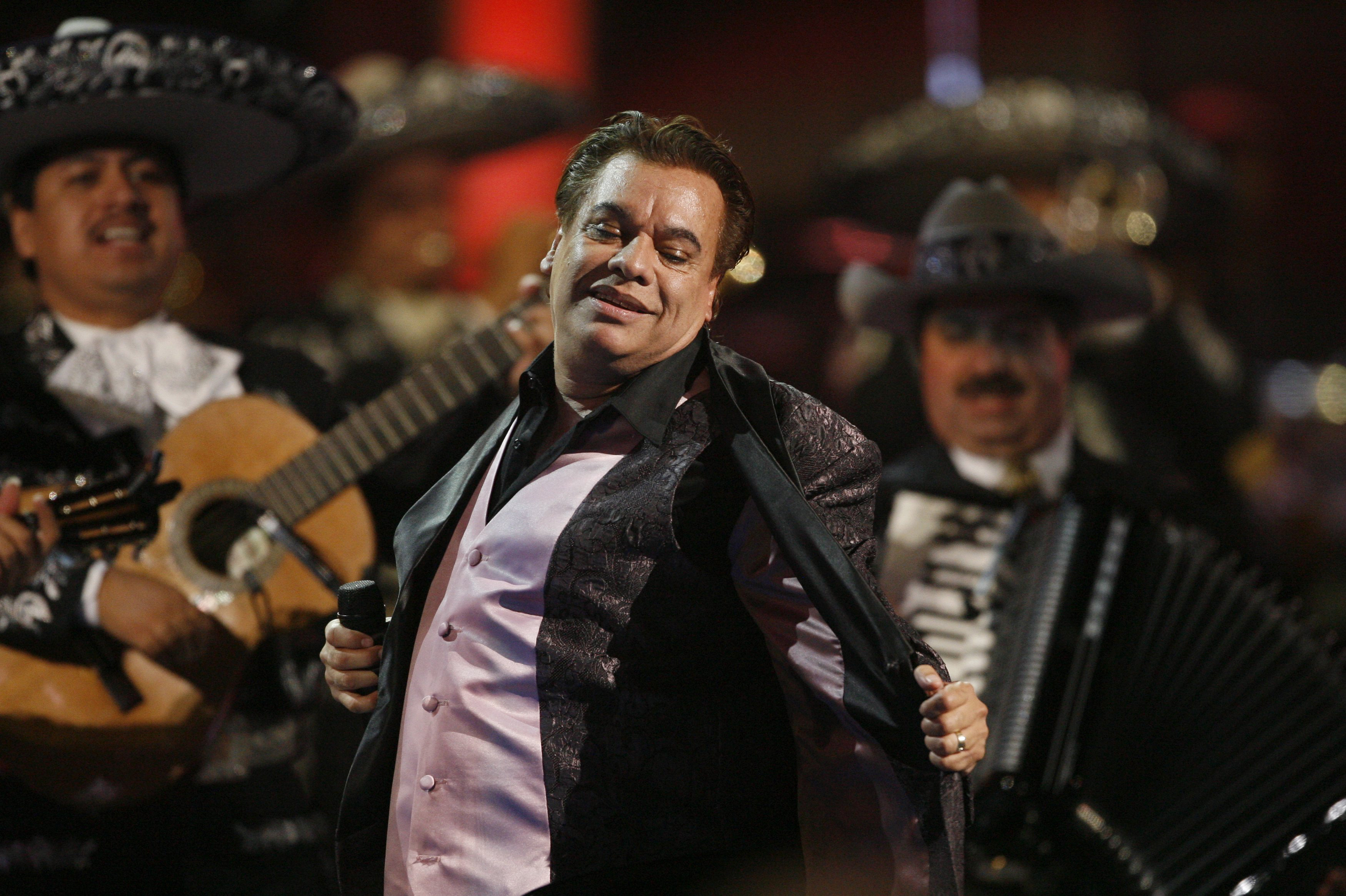 Juan Gabriel Readmitted In Hospital This Saturday After