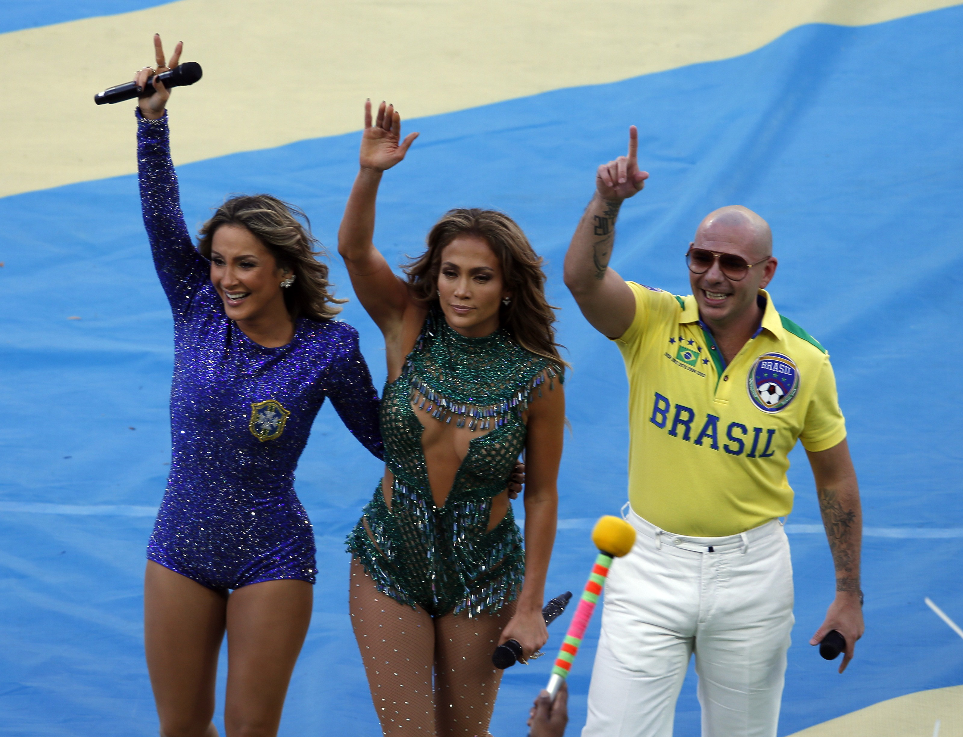 Who Is Cláudia Leitte? 11 Things To Know About Brazilian Bombshell Singing  Official World Cup Song With Pitbull, JLo [PHOTOS]