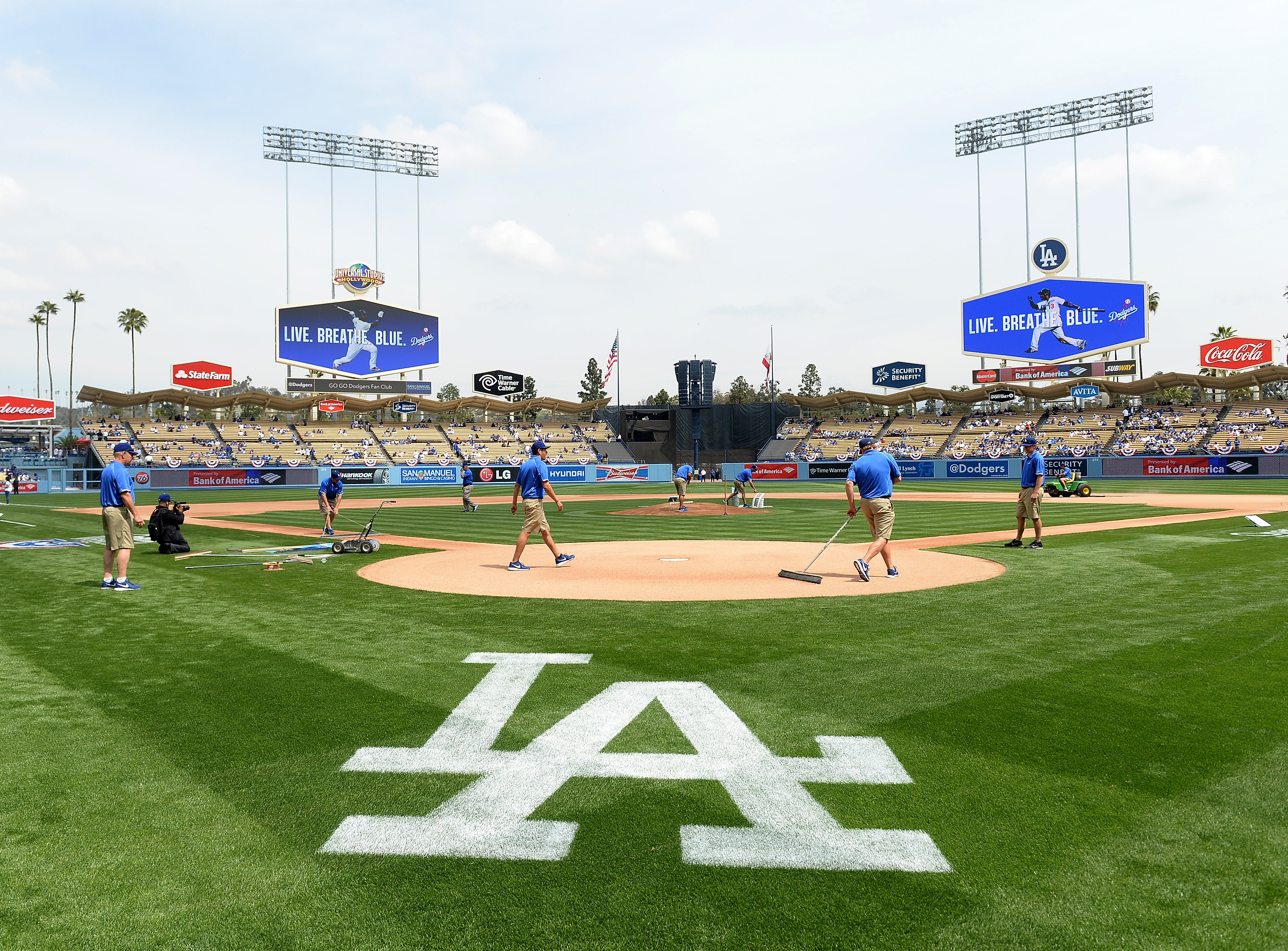 los angeles dodgers dating site Get the latest los angeles dodgers news, scores, stats, standings, rumors, and  more from espn  into october can they take a page from past pennant  winners with similar setbacks 18h  jansen making progress, no date for  return.