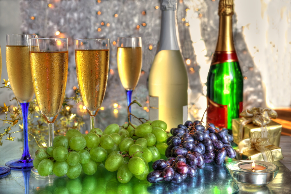 New Year's Eve Traditions: 5 Lucky Foods To Eat To Bring ...