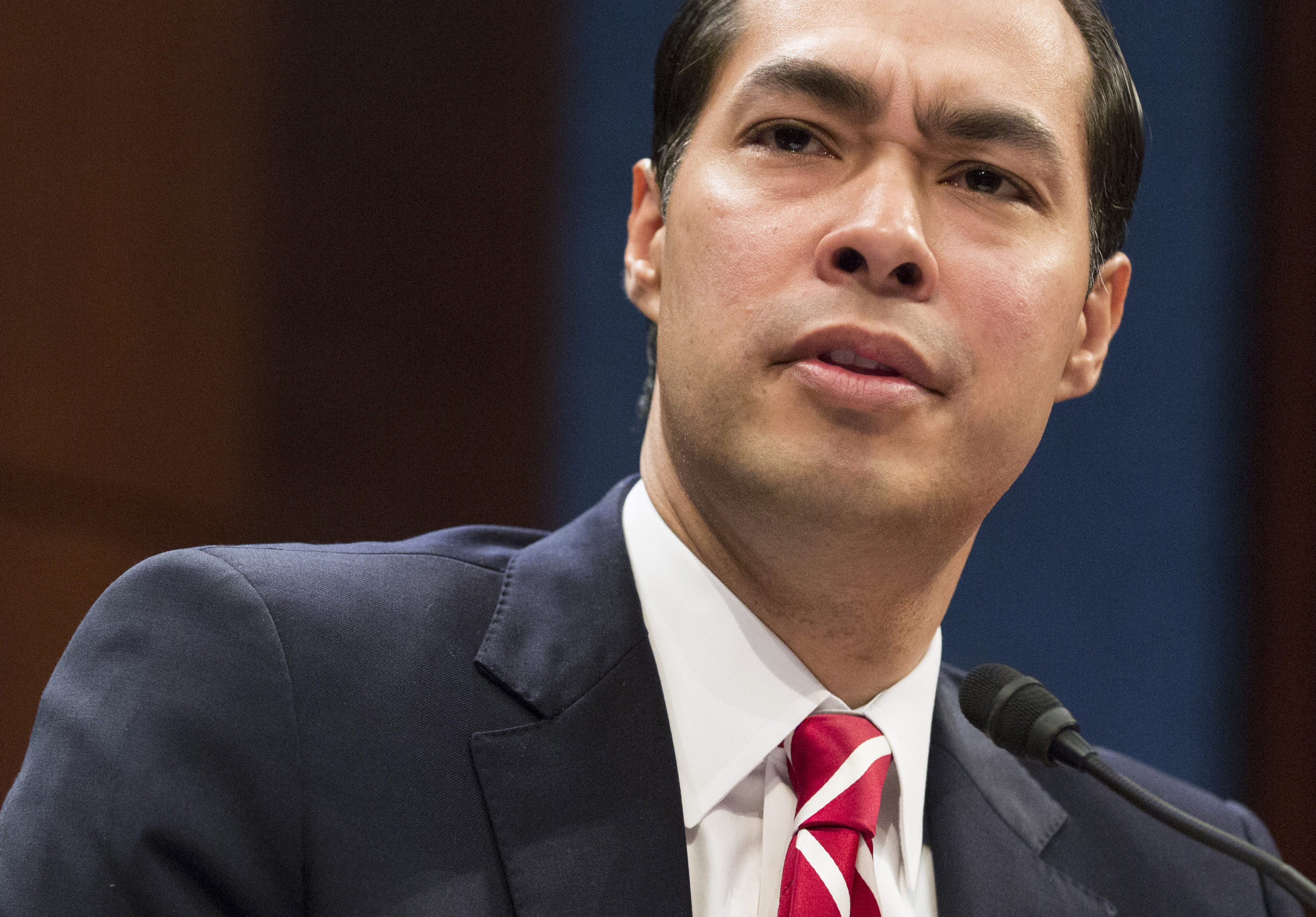 Julian Castro Is He The Perfect Latino Vp For Hillary