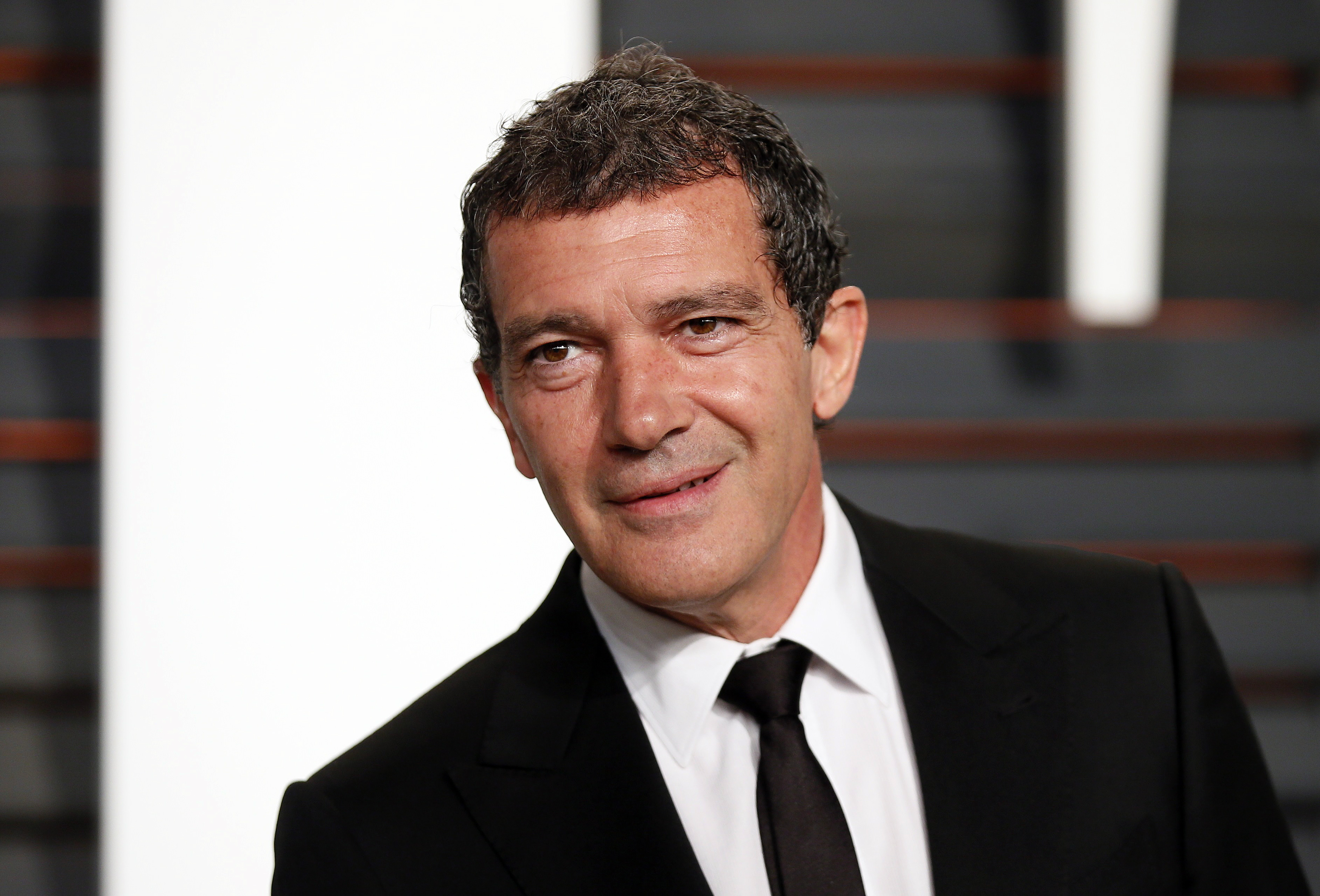 ... Platino' Second Edition: Antonio Banderas Receives Honorary Award Antonio Banderas