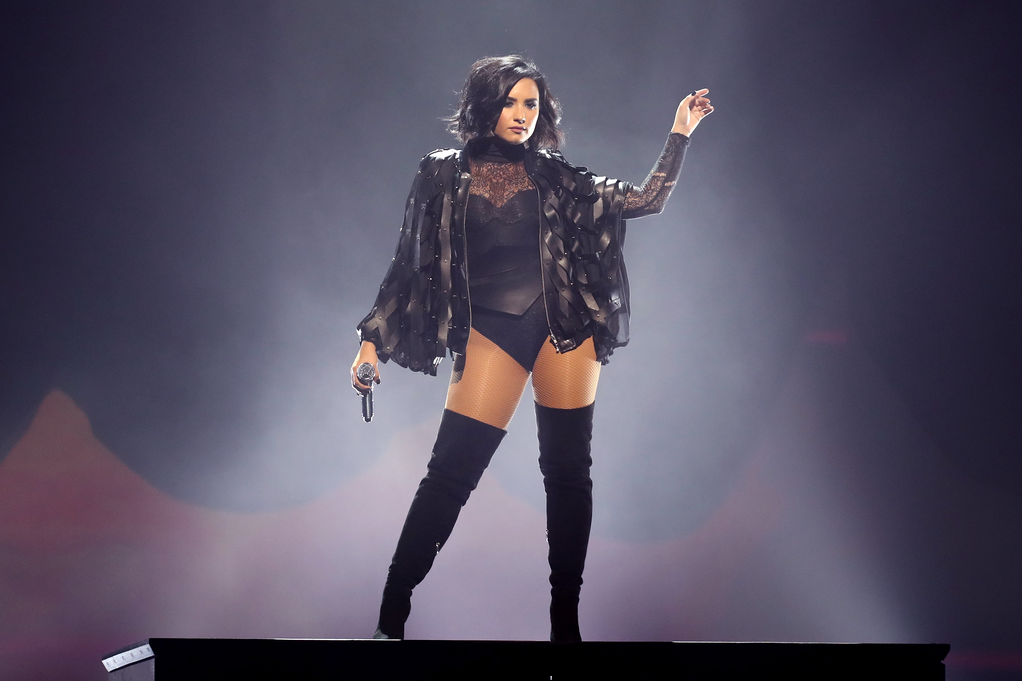 Demi Lovato Cars >> Happy Birthday Demi Lovato! 20 Things You Likely Didn't Know About This Latina Superstar