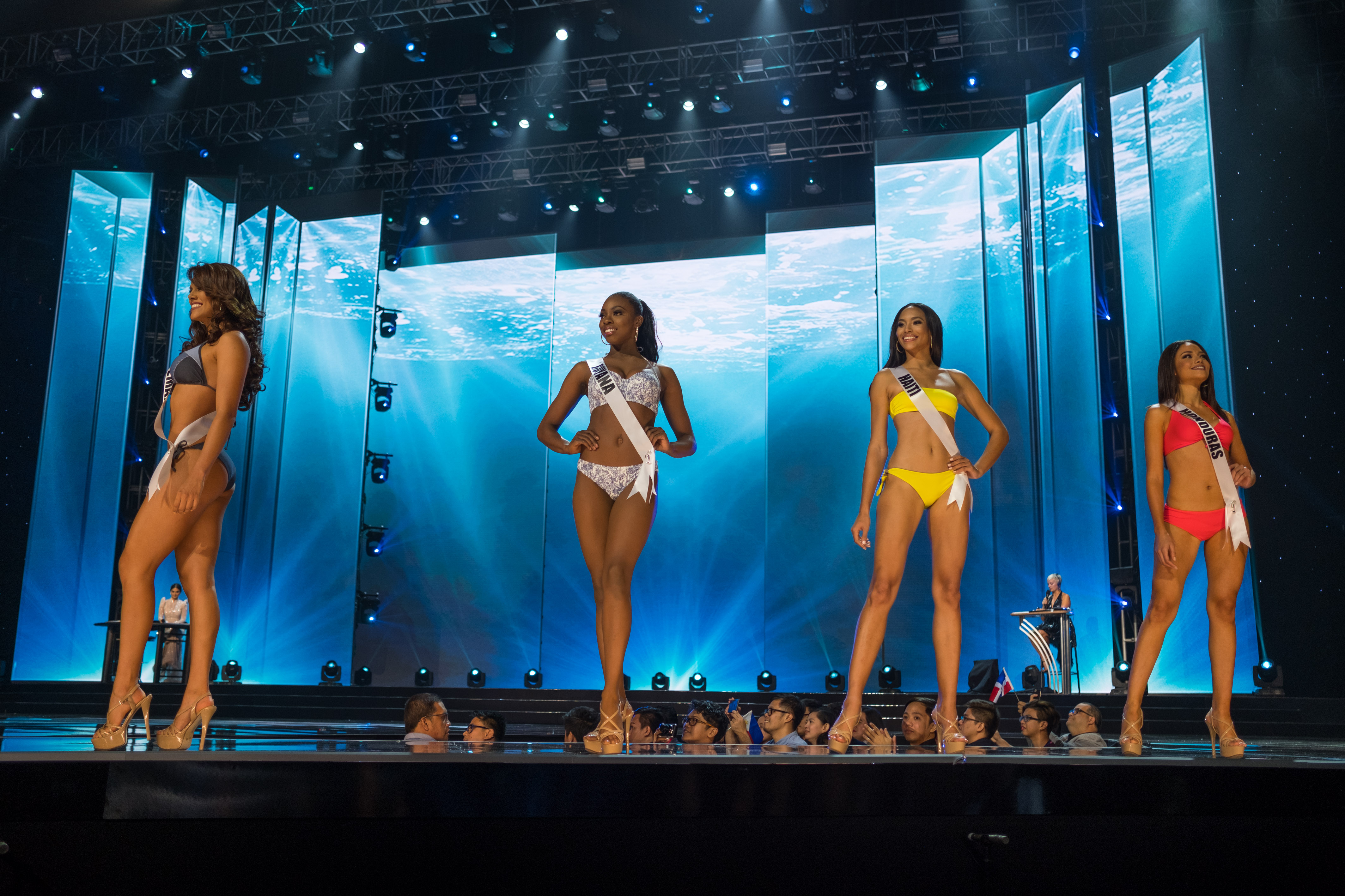 Miss Universe 2017 Crown >> Miss Universe 2017 Live Stream Online Video: Watch Preliminary Competition As Beauty Queens Get ...