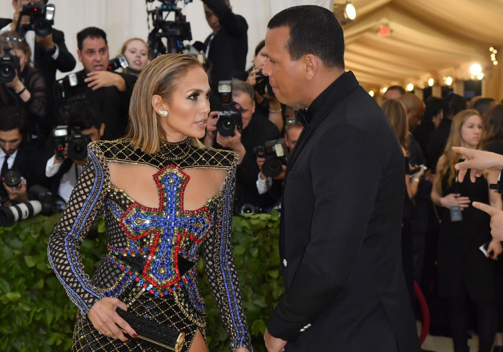 What's With Jennifer Lopez, Alex Rodriguez's Silence Amid ...