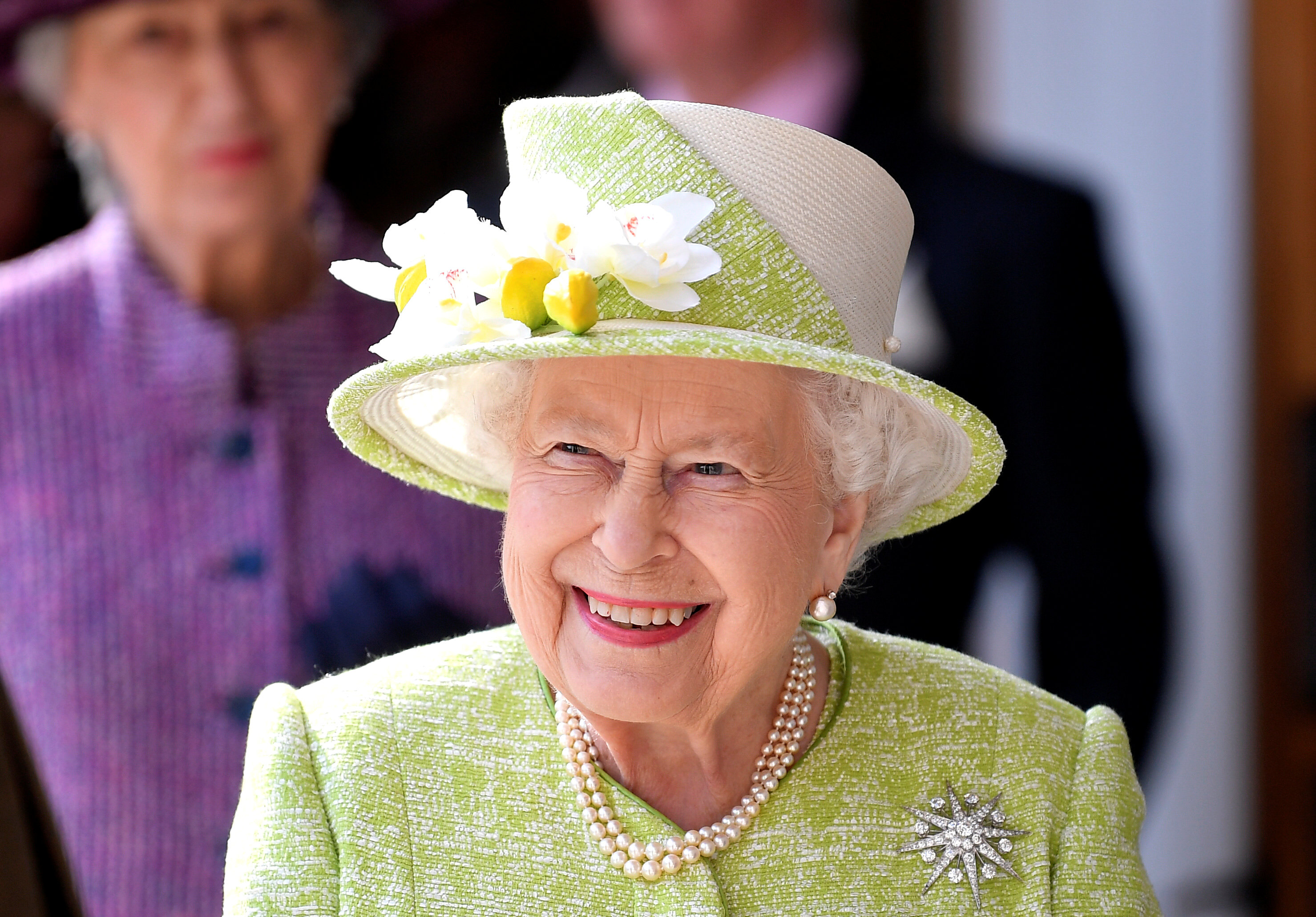 7 Funny Queen Elizabeth Quotes That Show She\'s One Witty Monarch