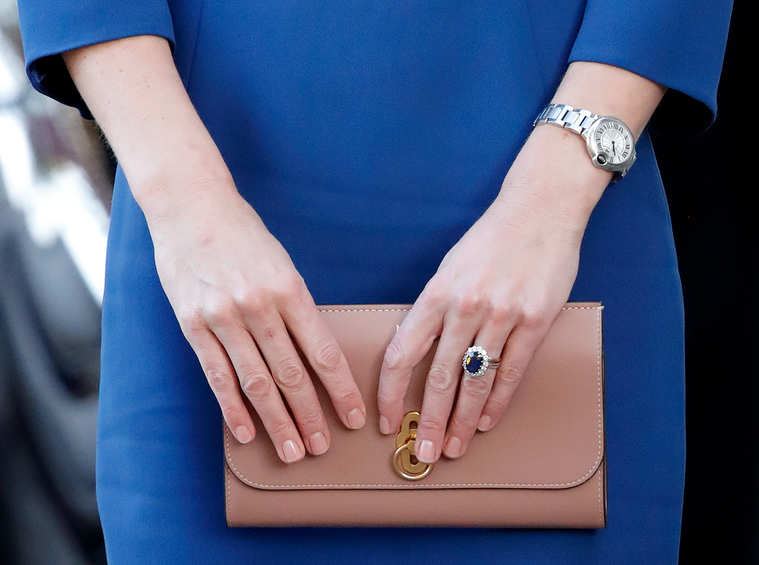 kate middleton s engagement ring was once looked down by the royal family https www latintimes com kate middletons engagement ring was once looked down royal family 438125