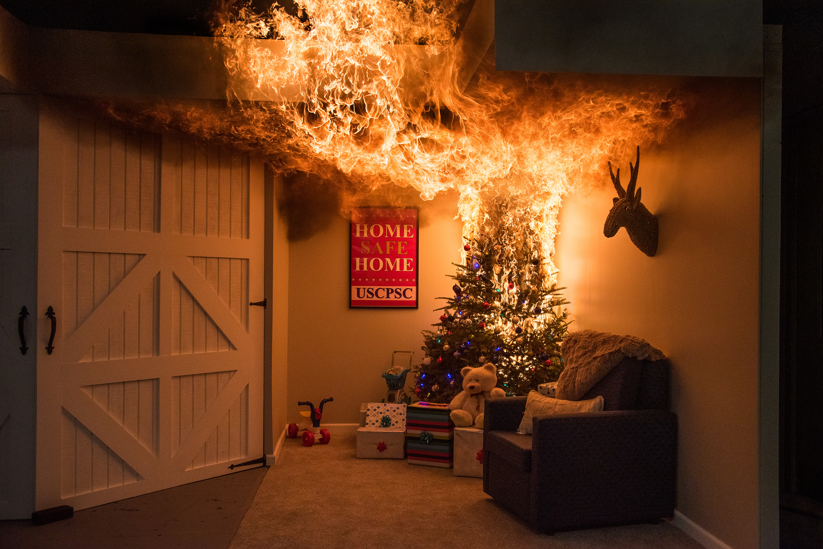 Home Safe Home Cpsc And Interior Designer Sabrina Soto Share Holiday Safety Tips This Season