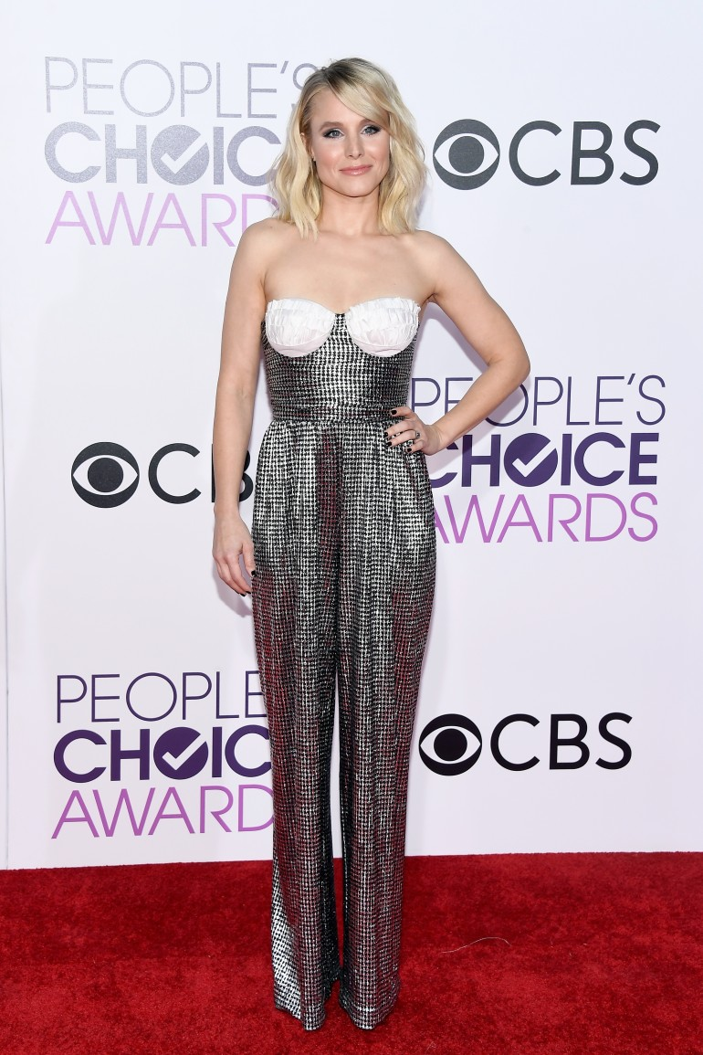 People's Choice Awards 2017 Red Carpet Photos: Kristen Bell