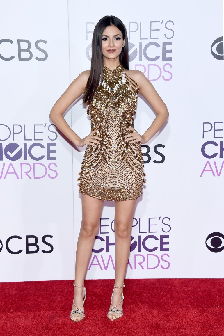 People's Choice Awards 2017 Red Carpet Photos: Victoria Justice
