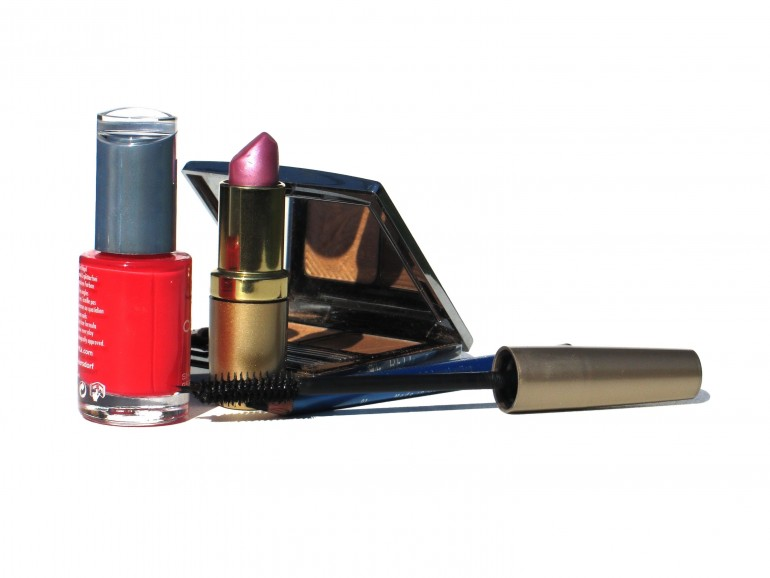 Wearing A Lot Of Makeup Make Women Look Competent, Attractive But