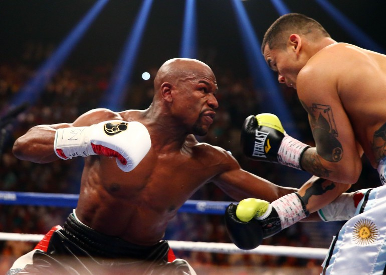 betting odds mayweather maidana 2