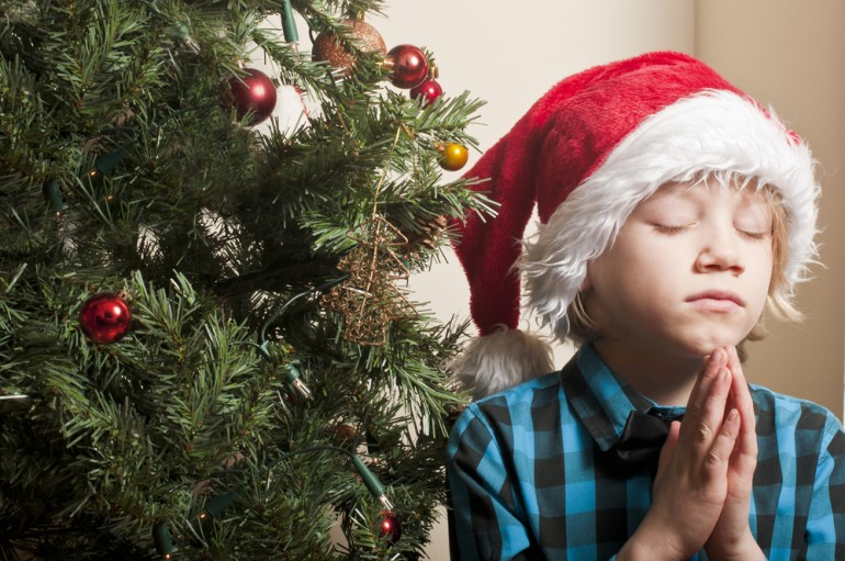 Christmas Prayers: 7 Faithful Sayings For Dinner, Bedtime, And Other Holiday Moments