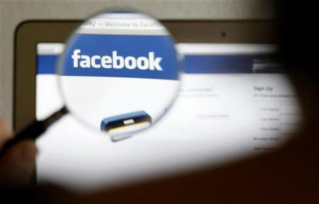 Facebook unveils new privacy controls
