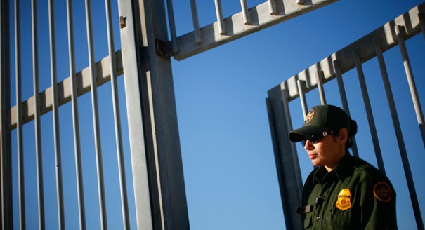 A Border Patrol officer at the US-Mexico border.