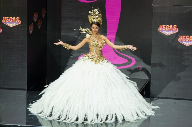 Miss Universe 2013 National Costumes: Argentina
