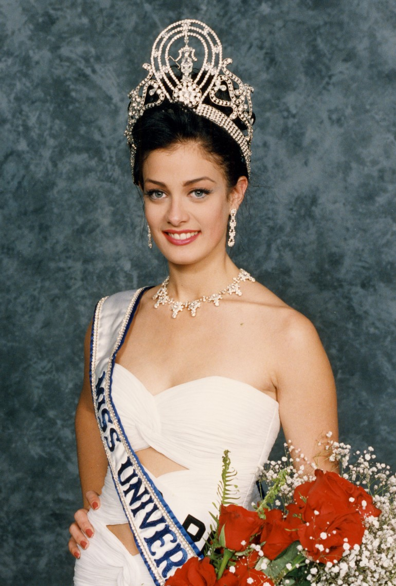 miss universe winners list pictures see the latinas that dayanara torres