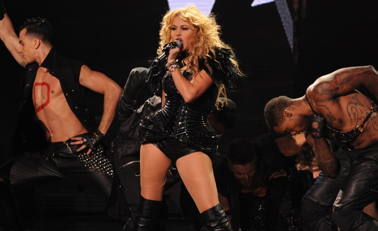 Watch Paulina Rubio Perform On The X-Factor Season 3 Finale Boys Will Be Boys And -5414