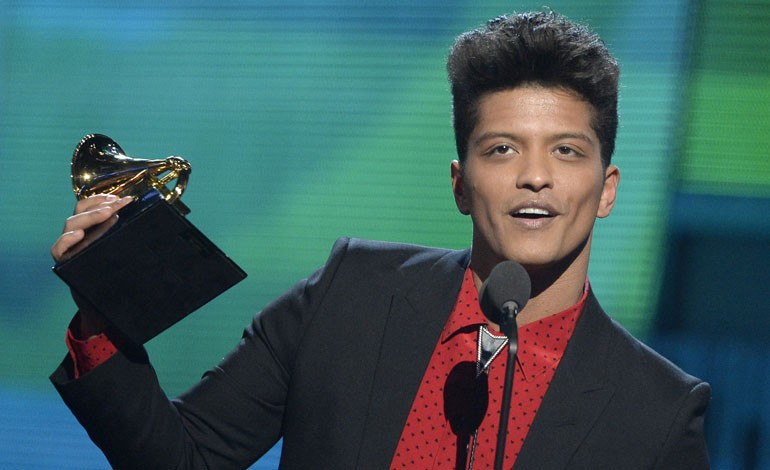 Grammy Awards 2014: Bruno Mars Wins