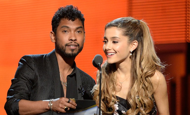 Grammy Awards 2014: Miguel and Ariana Grande