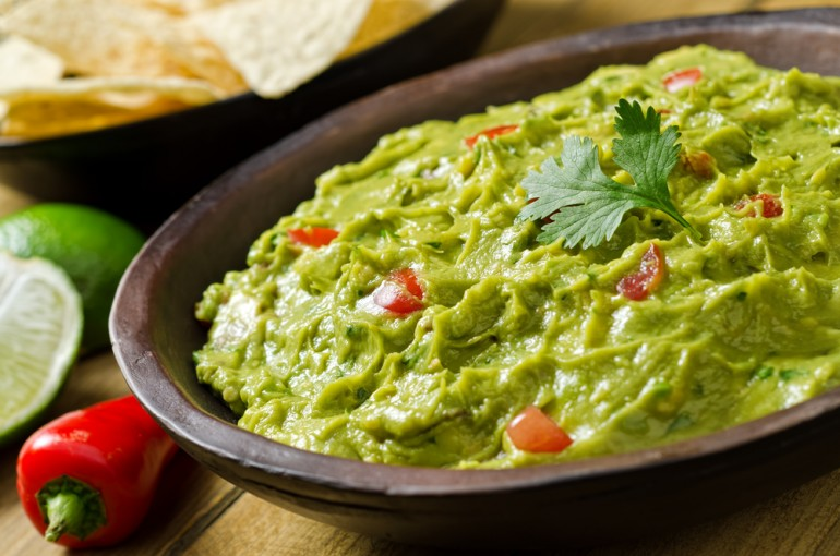 How To Make Easy Guacamole For Your Super Bowl 2014 Party
