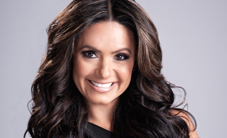 Penelope Menchaca returns to Telemundo