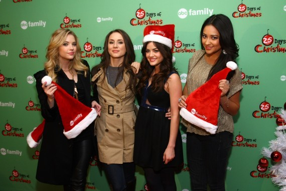 Pretty Little Liars' Christmas Episode Spoilers Roundup ...