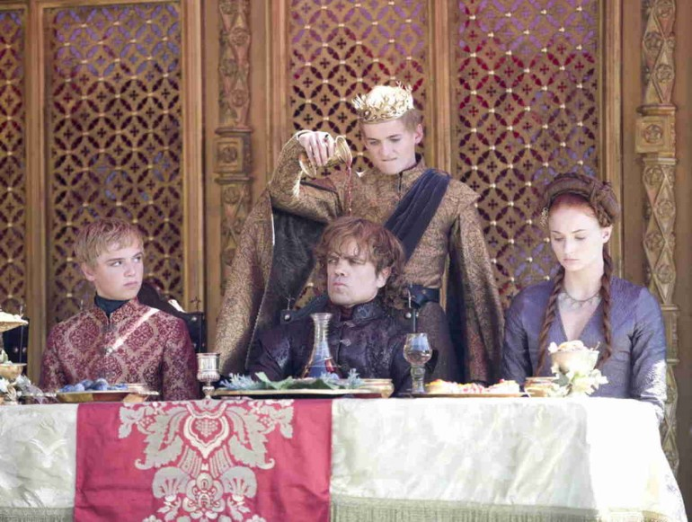 Game-of-Thrones-Season-4-Episode-2--The-Lion-and-the-Rose-1397571996
