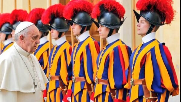 Pope Francis Inspects Swiss Guards