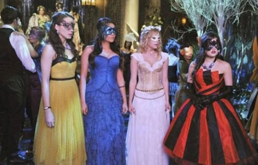 Pretty little liars halloween costumes easy diy ways to dress up masquerade ball solutioingenieria Images