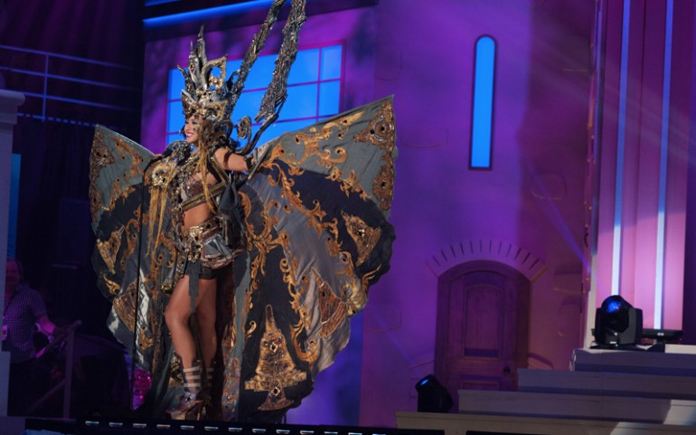 Miss Universe 2014 National Costumes: Indonesia