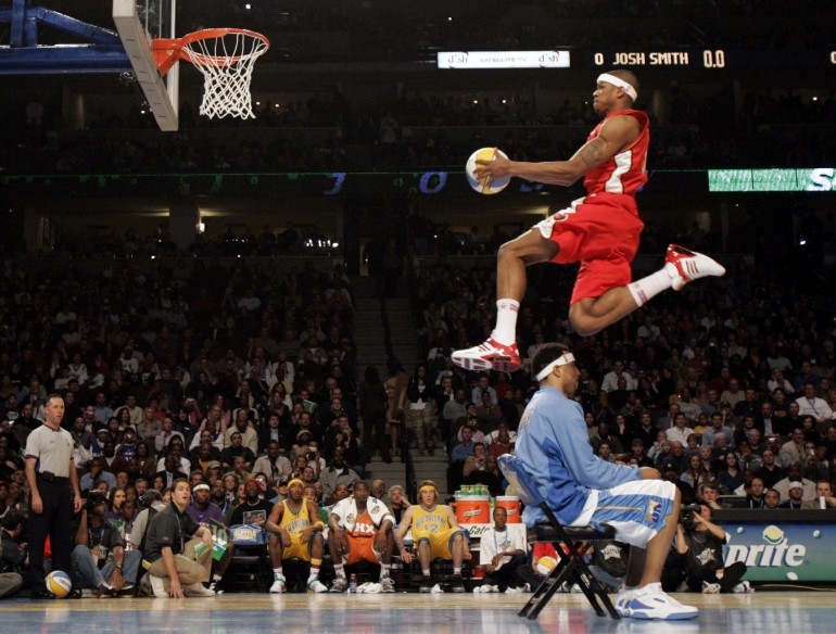 2adab2b8d25 NBA All-Star Slam Dunk Contest: The 12 Best Throw Downs Of All Time [VIDEOS]