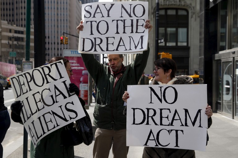 NO dream act protesters immigration update