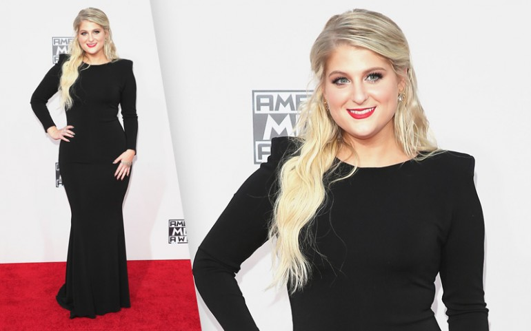 American Music Awards 2015 Red Carpet Photos: Meghan Trainor