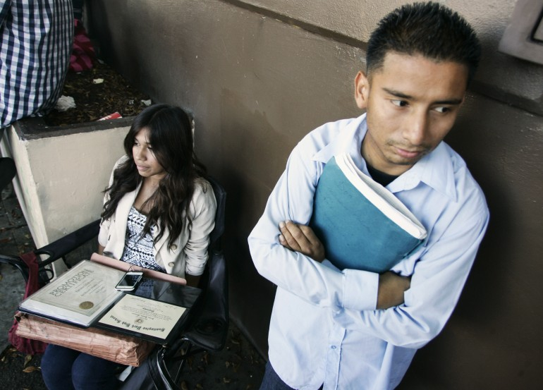 dreamers wait for legal aid