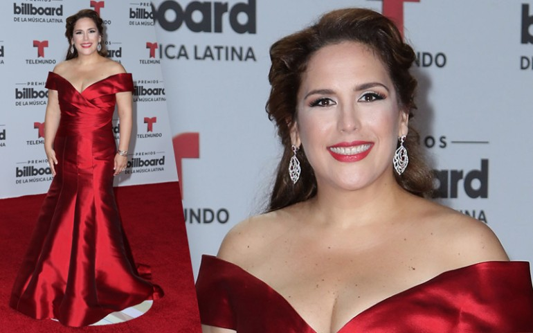 Premios Billboard 2016 Red Carpet Photos: Angelica Vale