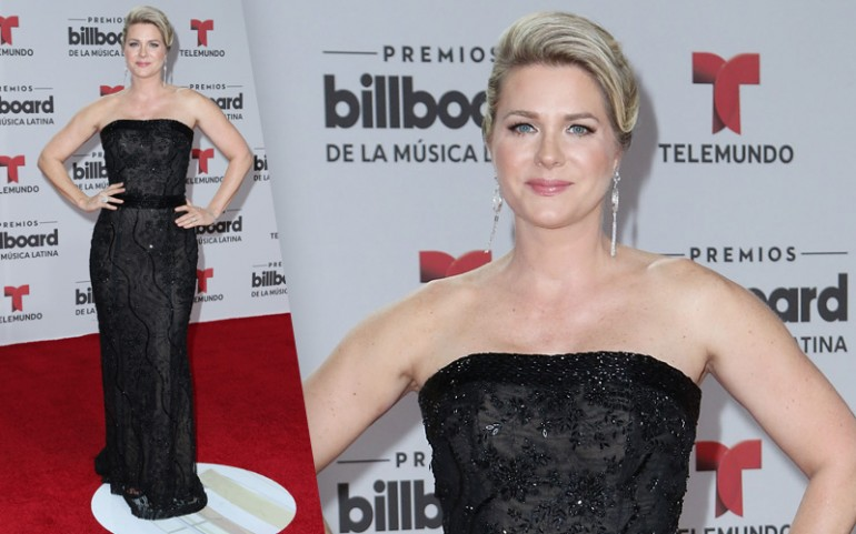 Premios Billboard 2016 Red Carpet Photos: Sonya Smith