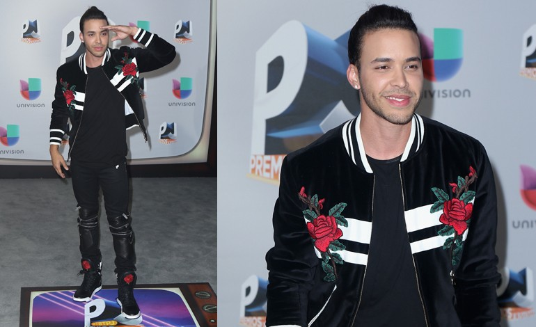 Premios Juventud 2016 Red Carpet Photos: Prince Royce ...