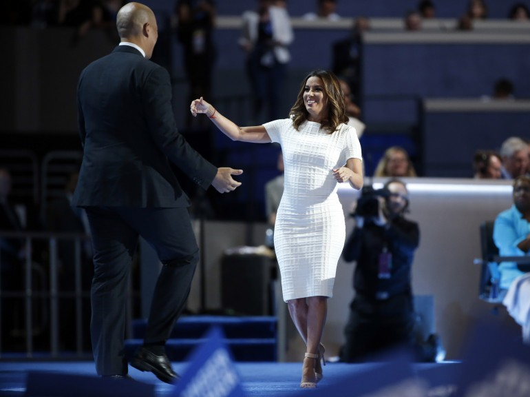 Demi Lovato Speaks at DNC 2016, Performs 'Confident'