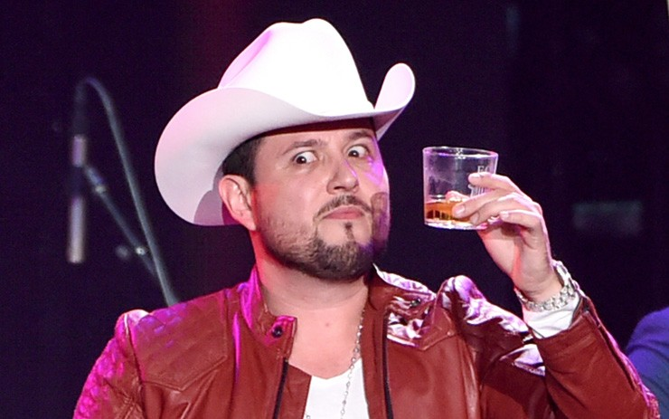 Roberto Tapia Involved In Underage Sex Scandal