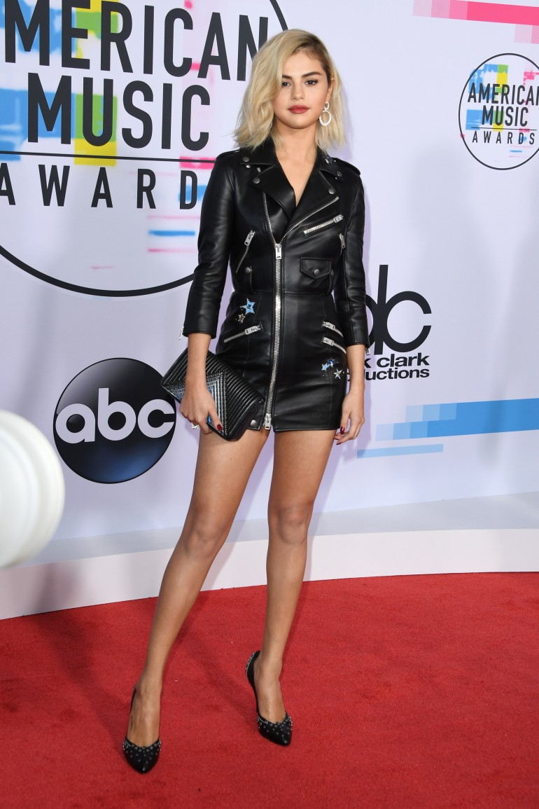 AMAs 2017 Red Carpet Photos: Selena Gomez