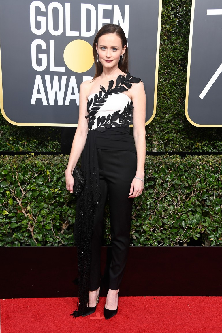 Golden Globes 2018 Red Carpet Photos: Alexis Bledel