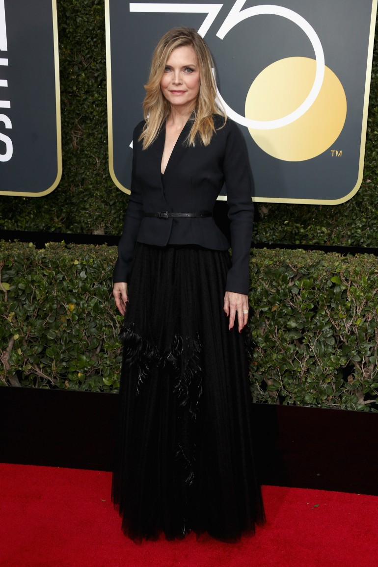 Golden Globes 2018 Red Carpet Photos: Michelle Pfeiffer