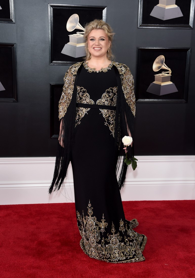 Grammys 2018 Red Carpet Photos: Kelly Clarkson