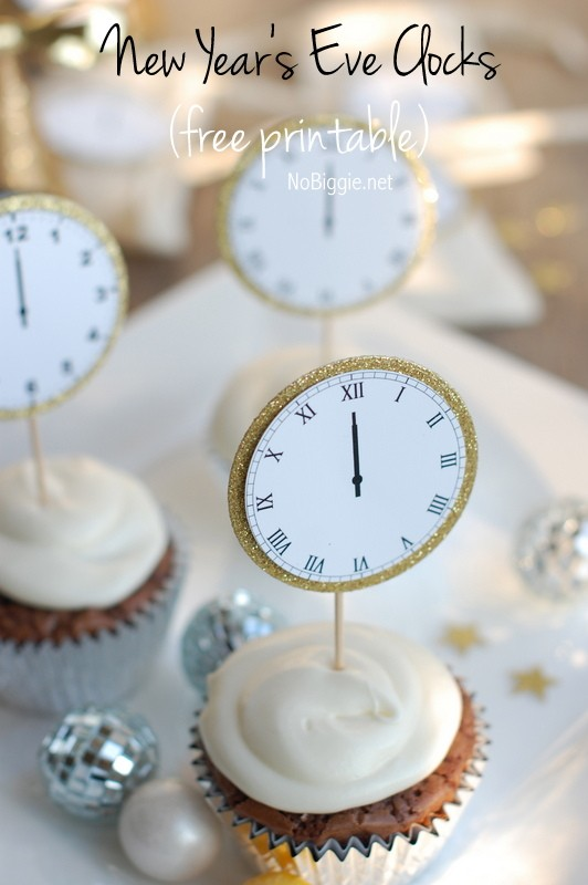 cupcake-toppers-to-Celebrate-New-Years-Eve-with-this-free-printable-midnight-clocks-via-NoBiggie
