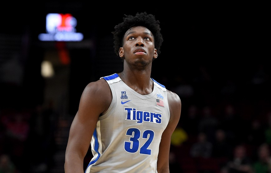 James Wiseman #32 of the Memphis Tigers