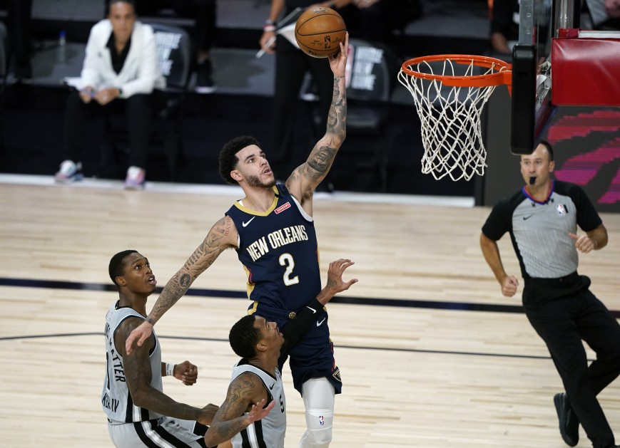 Lonzo Ball #2 of the New Orleans Pelicans