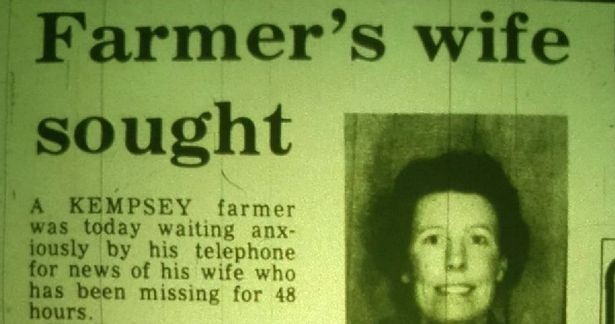 Newspaper clipping from the Worcester News